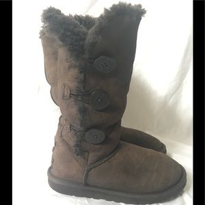 Ugg Boots Size 6 Bailey Triple Button Brown